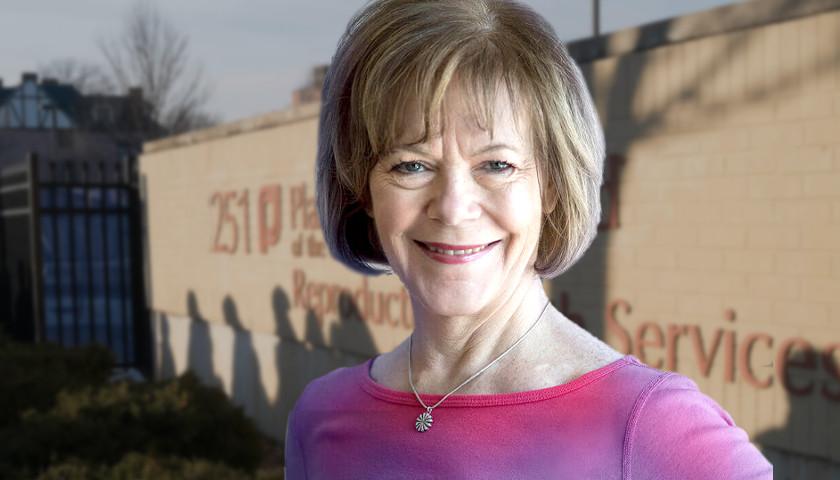 Tina Smith