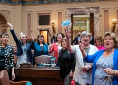 Minnesota Democratic senators throw masks in air